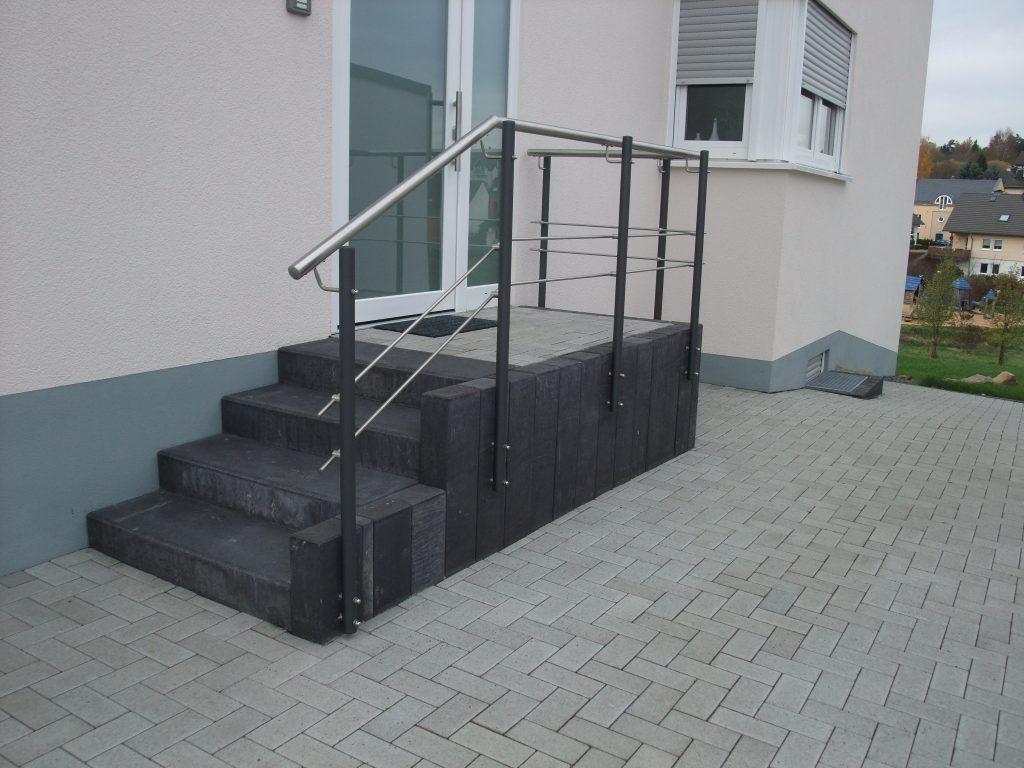 handlauf au en metallbau thiel. Black Bedroom Furniture Sets. Home Design Ideas
